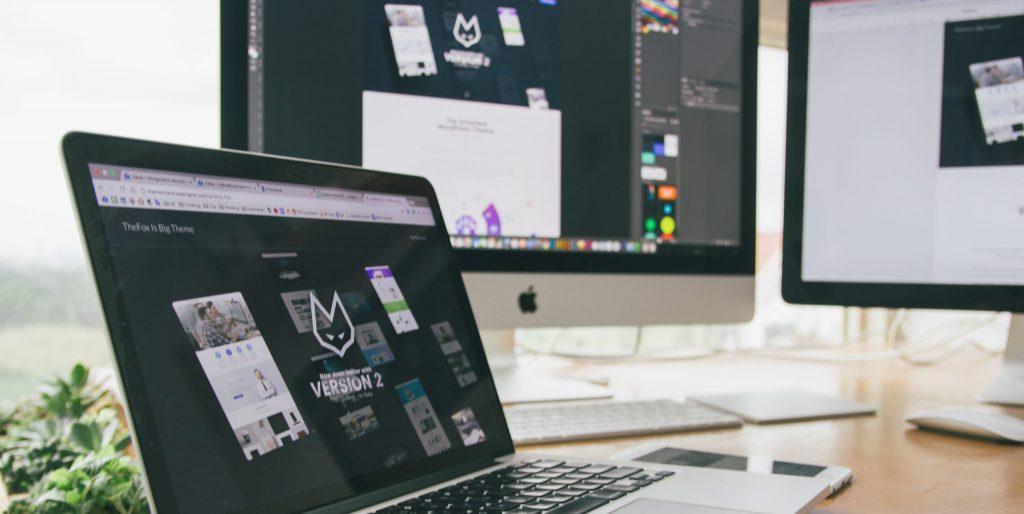Macbook pro displaying website
